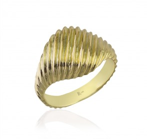 Golden Cream Sugar Ring