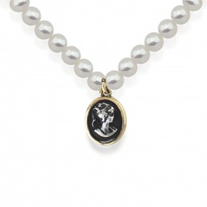 Victorian Lady Pearl Necklace